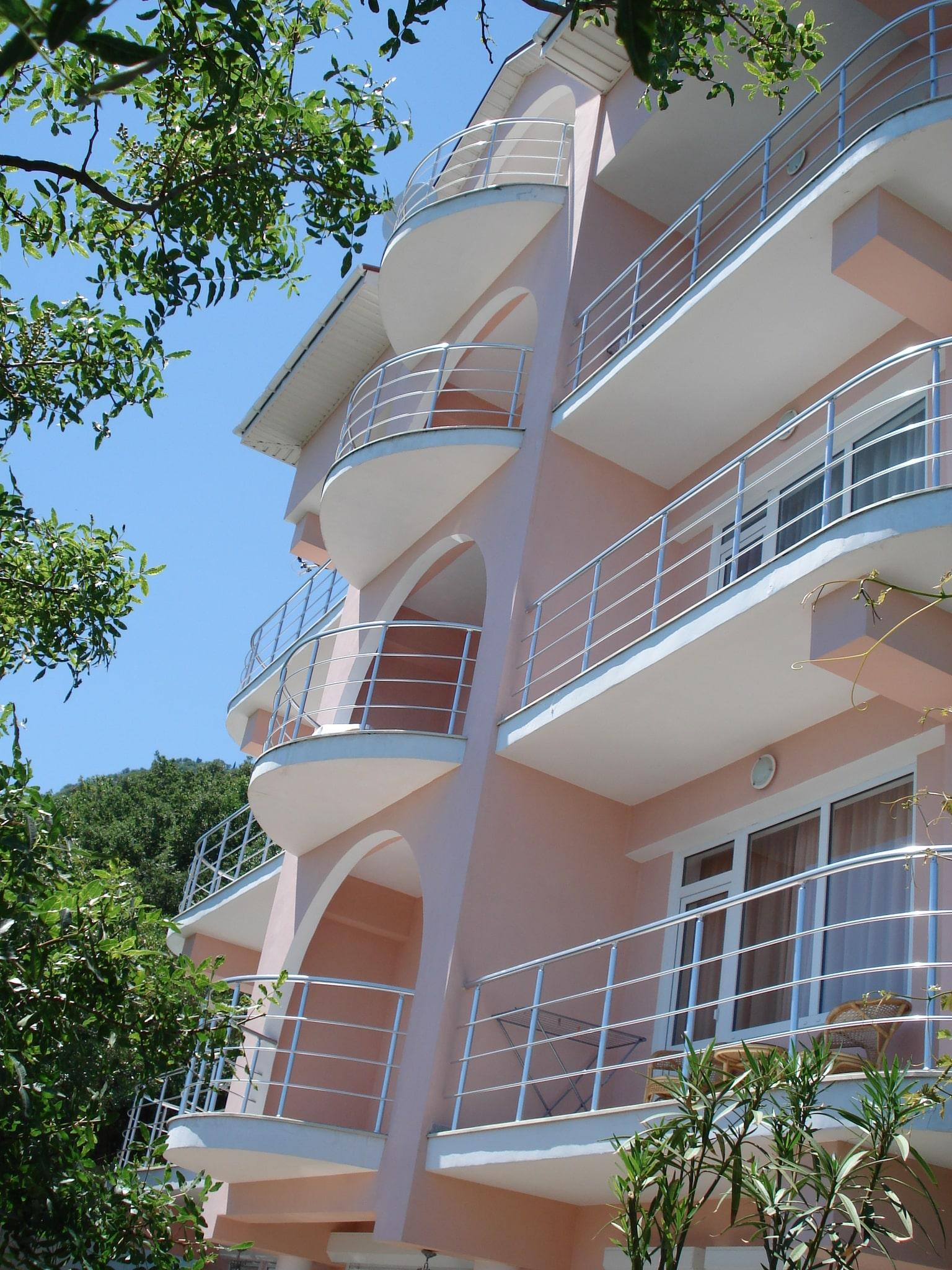 vinya382 - LaVinya - гостиница в Профессорском уголке